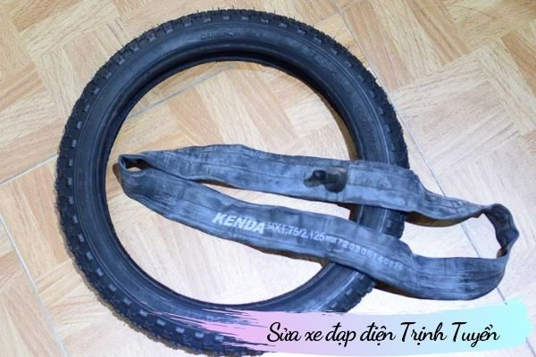 Lốp xe đạp điện có săm